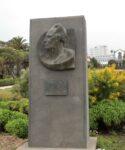 Monumento al Dr. Antonio González. Parque central
