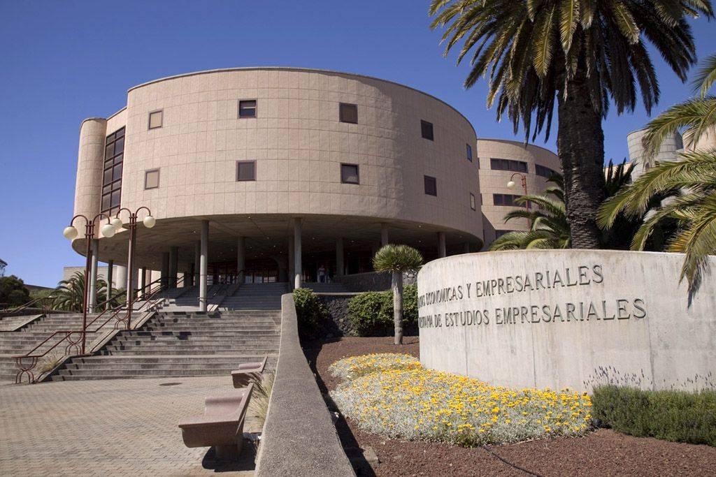 Facultad de Economía, Empresa y Turismo.