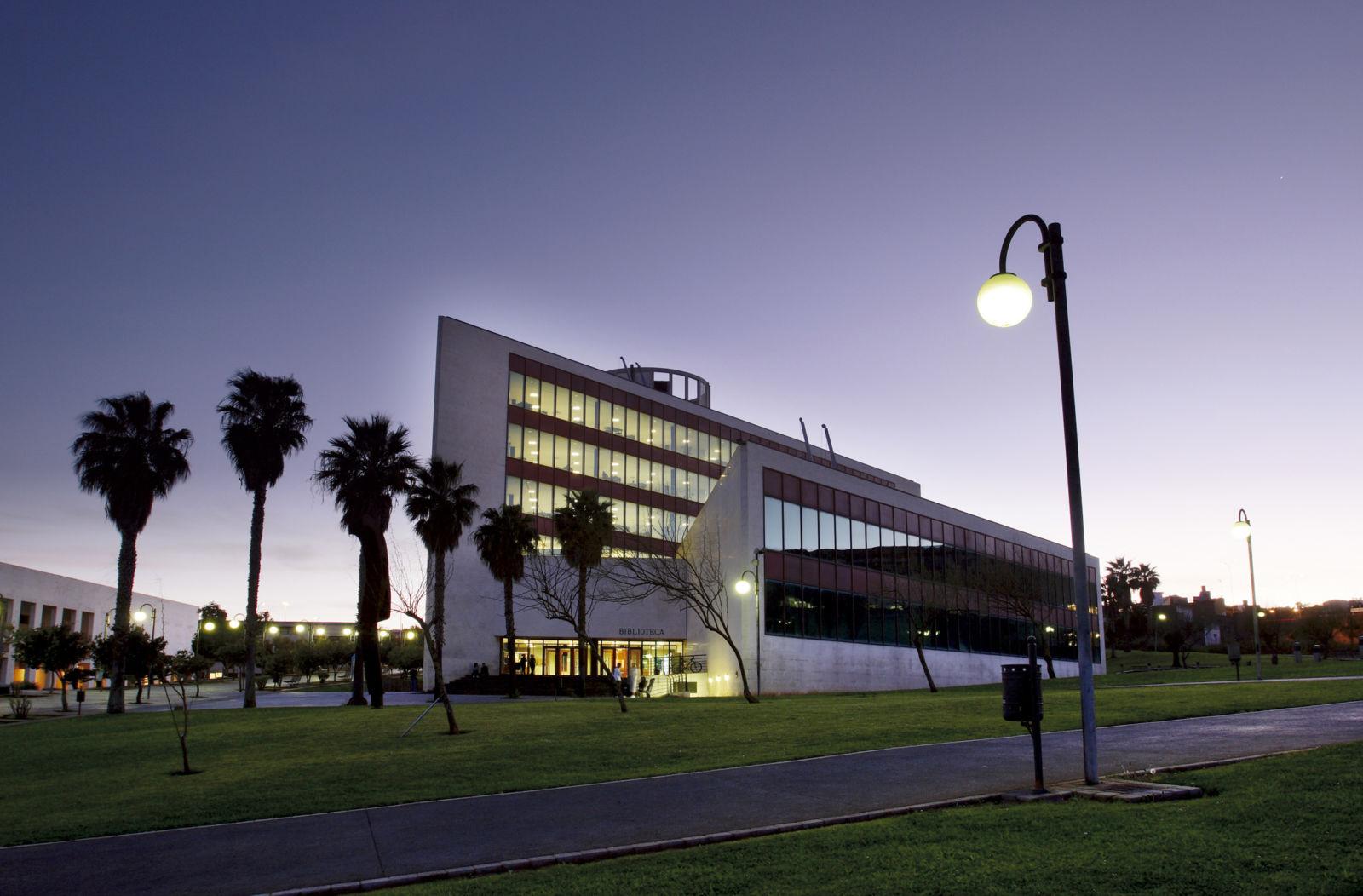 Biblioteca General y de Humanidades (Campus de Guajara)