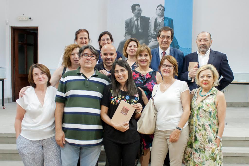 Foto de familia de todo el equipo que ha trabajado en esta muestra