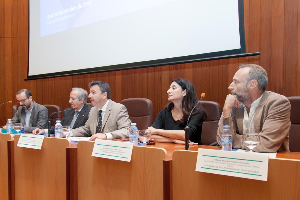 Cooperación universitaria al desarrollo