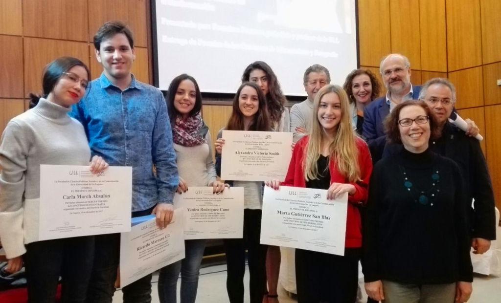 Premiados de la Facultad de Ciencias Políticas, Sociales y de la Comunicación.