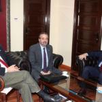 Imagen de la reunión de los dos rectores de las universidades públicas canarias con Moratinos.
