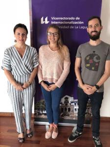 Carmen Rubio, Priscila López y Carlos Trujillo, tras la reunión entre el vicerrectorado y la asociación AEGEE Tenerife