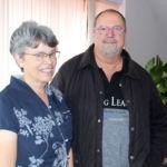 Ann Mabbott y Plácido Bazo durante la visita de la primera a la ULL