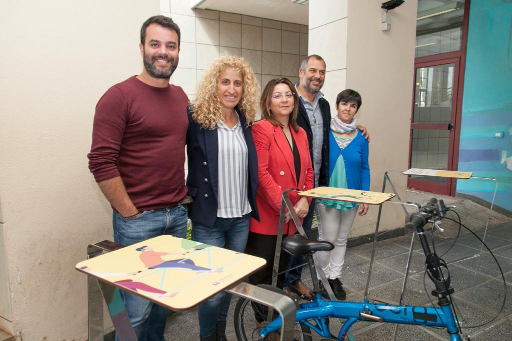Fotografía en los nuevos aparcamientos para bicicletas
