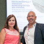 María José Serrano y Luis A. Ortiz, antes del comienzo de su seminario sobre sociolingüística.
