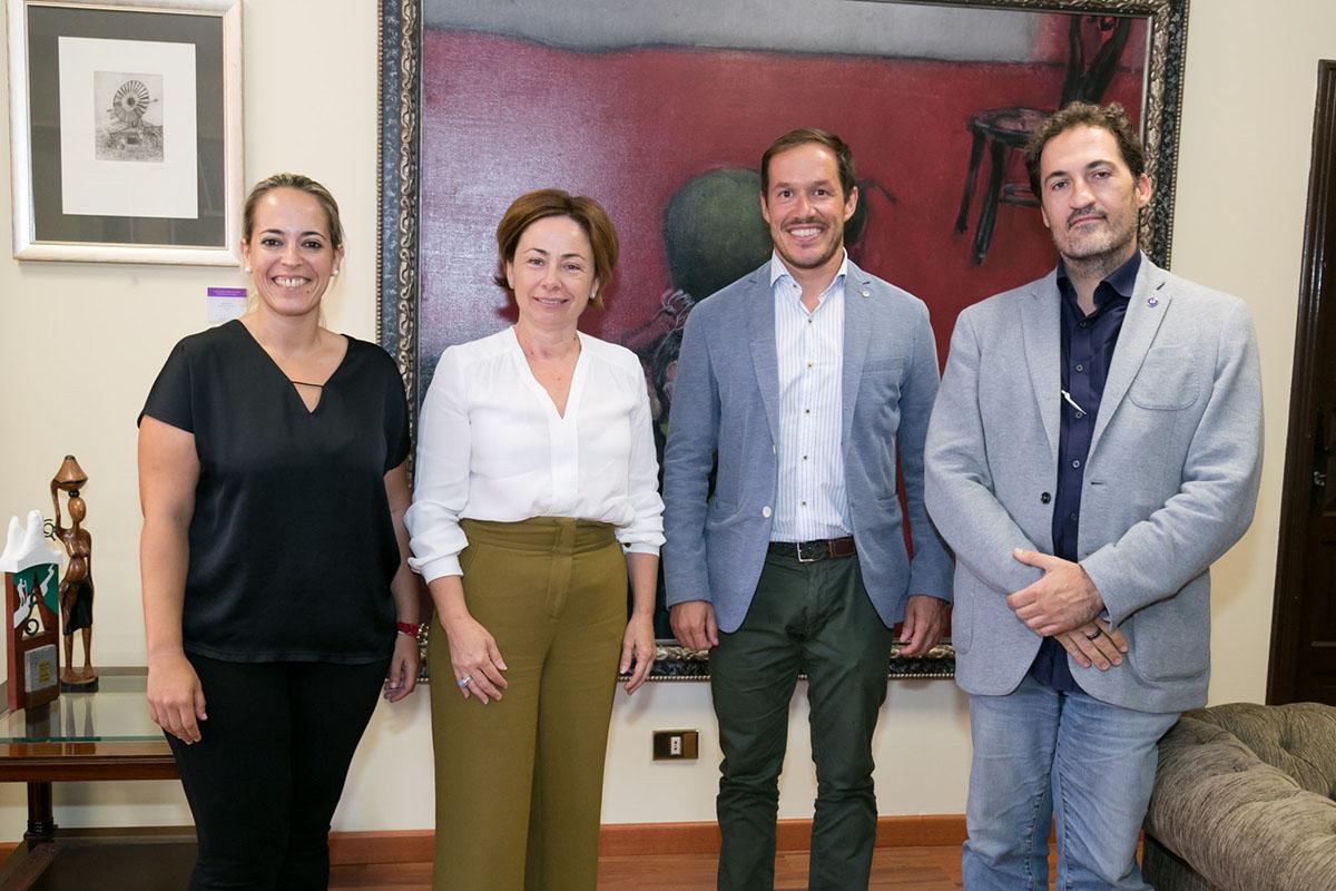 De izquierda a derecha: Susana Machín, Rosa Aguilar, Mariano Hernández y Ernesto Pereda.
