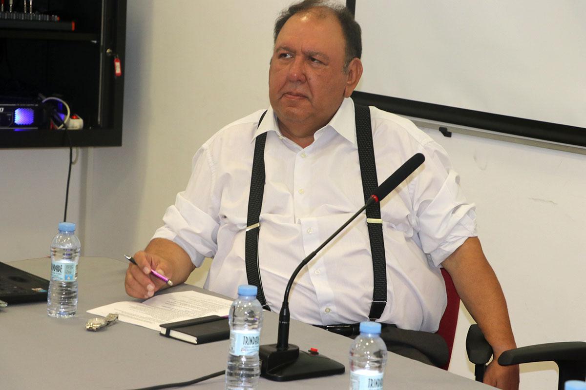 Juan Ramón Núñez Pestano durante su intervención en Praia.