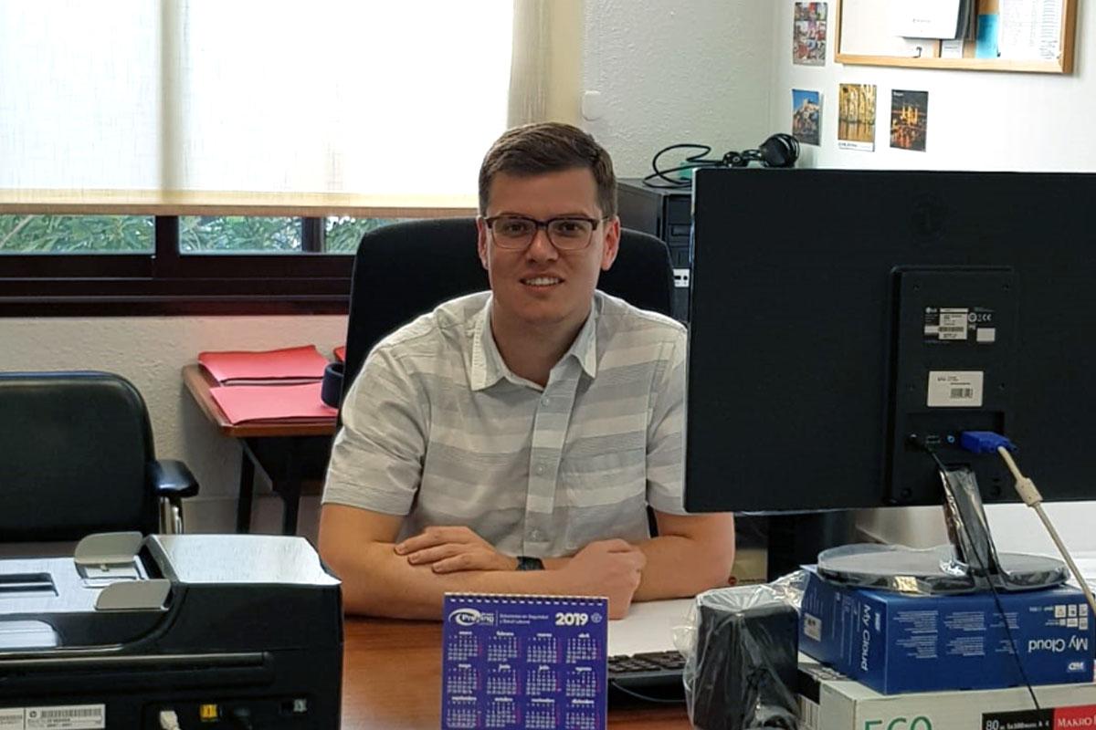 David López en su despacho de la ULL.