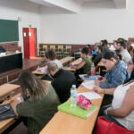 Imagen de archivo de una de las clases preparatorias para mayores de 25 años celebrada en octubre de 2019