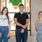 De izquierda a derecha, Carolina Morales Gustafsson, Alejandro López González y Marta Roda González, estudiantes con las notas más altas de la EBAU de la provincia de Santa Cruz de Tenerife en