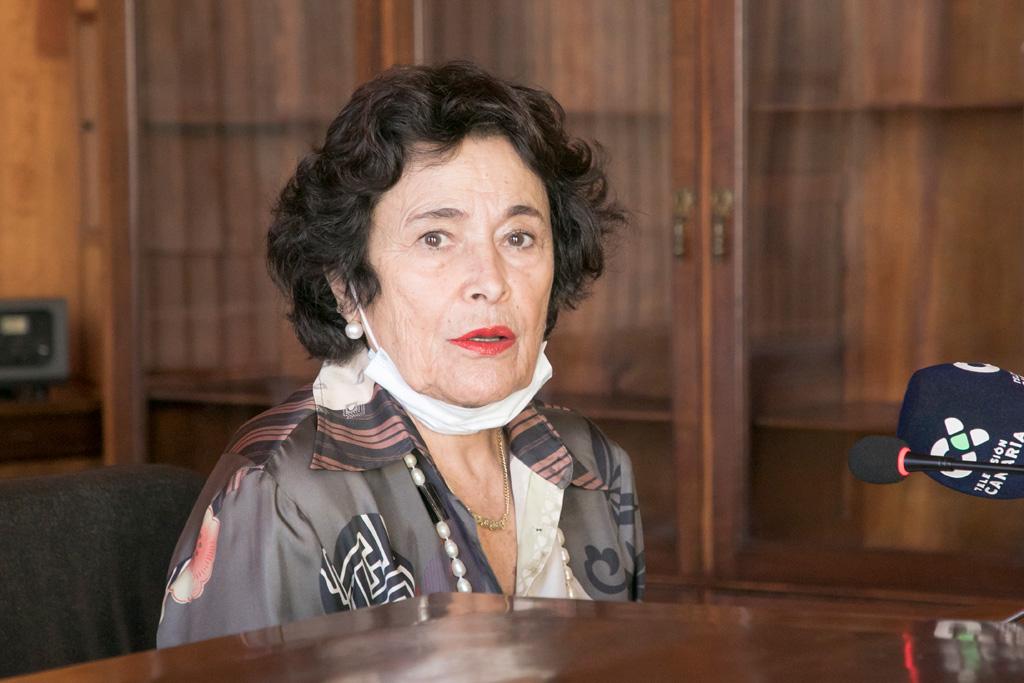 Dolores Pelayo durante la presentación de esta nueva sesión de Encuentros con el Futuro