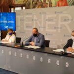 Firmantes del convenio ULL-Titsa sobre Big Data