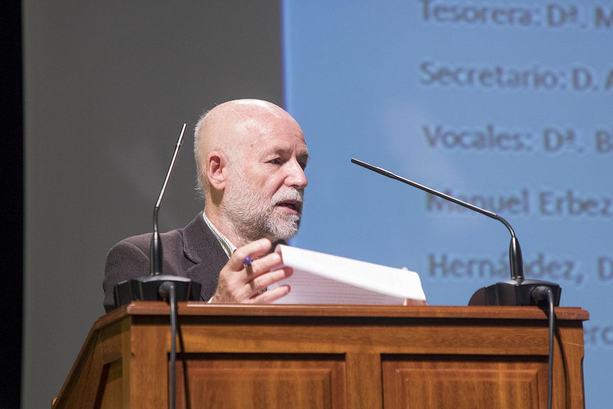 Luis Ortigosa en su toma de posesión como presidente de Alumni ULL.