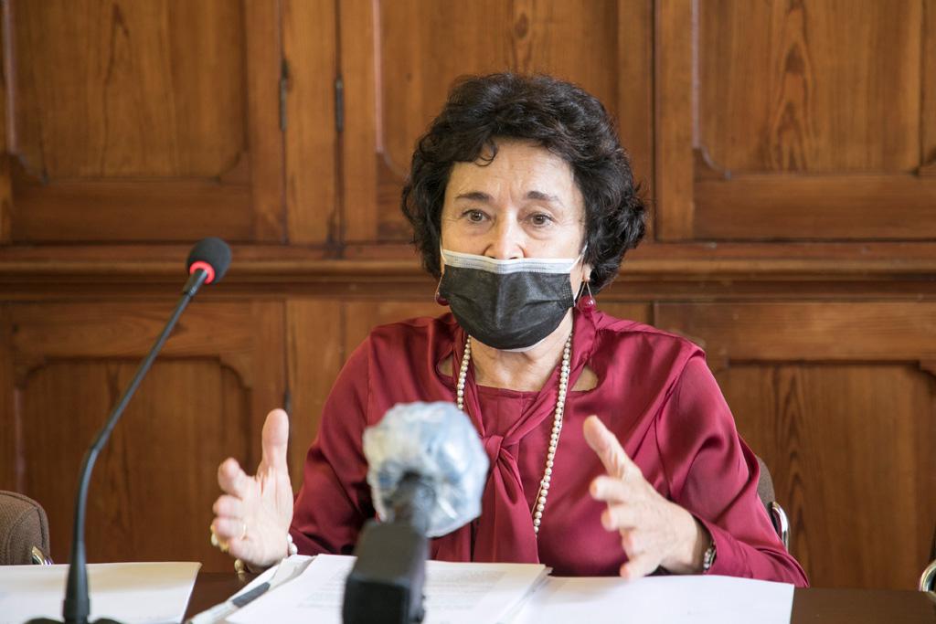 Dolores Pelayo durante la rueda de prensa de presentación.