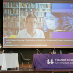En pantalla, Julio Cabero durante su ponencia.